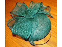 FASCINATOR BY RUFFLED FEATHER BOUTIQUE