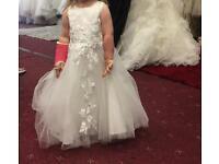 Flower girl/ bridesmaid dress