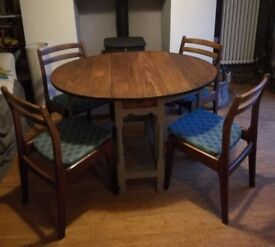 Vintage / Retro drop leaf gate leg table with four chairs
