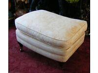 Vintage Duresta Wheeled Lansdowne Run Up Footstool Pad Cushion Castors Leg