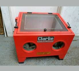 Clarke blasting cabinet