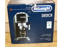 Coffee machine DeLonghi Dedica EC680 Black