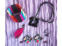 JEWELLERY: multi-coloured elasticated wooden bead bangle/pendent/earrings-pierced ears. £4 ovno lot.