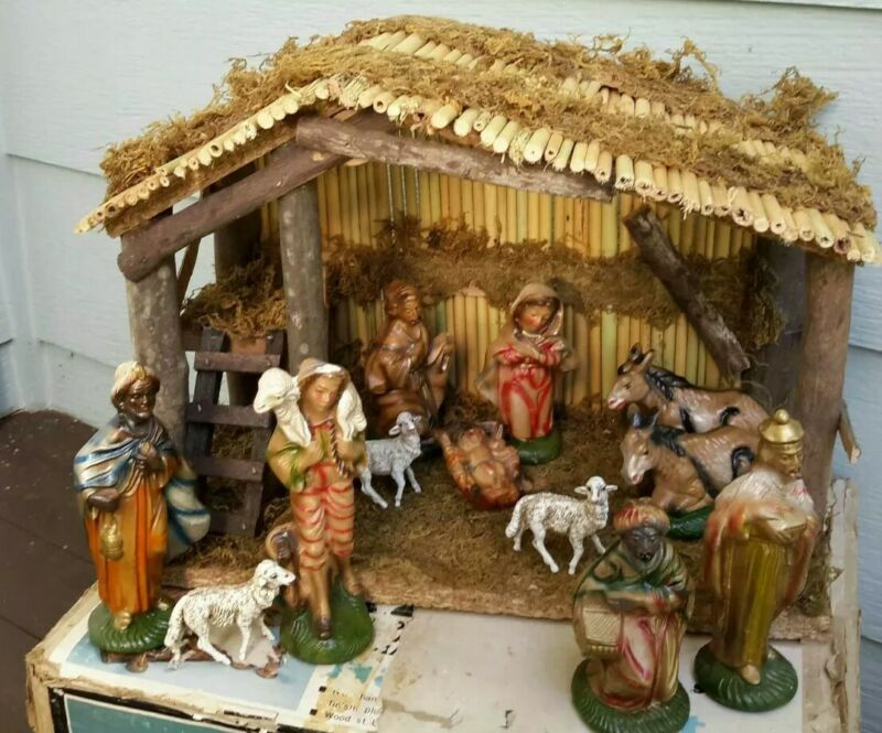 Vintage Christmas Nativity Set 12 Figures Wood Barn Ceramic Box Marked Taiwan