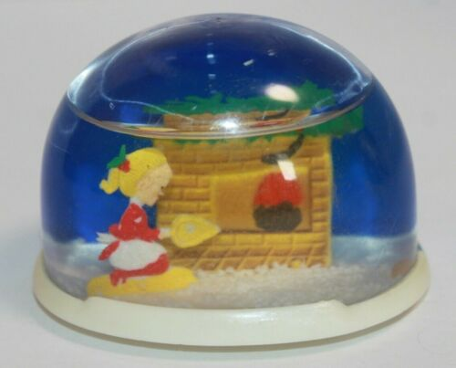 Plastic Girl Cleaning Fireplace Christmas Snow Globe