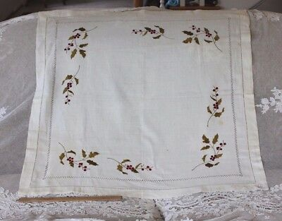 Easter Tablecloth Vintage Linen Tablecloth White and Lemon machined embroidered tablecloth C.
