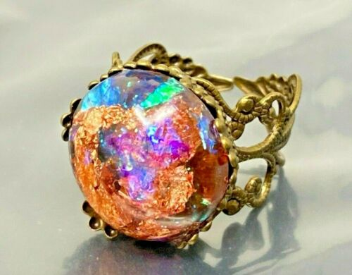 Vintage Opal Lucite Gold tone Ring size 7