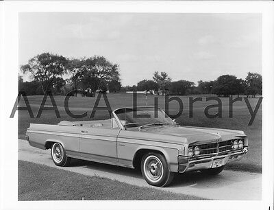 1963 Oldsmobile Starfire Convertible Coupe Factory Photo / Picture (Ref. #60961)