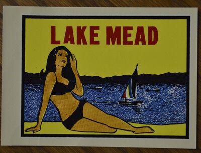 ORIGINAL VINTAGE TRAVEL DECAL LAKE MEAD NEVADA BEACH PINUP HOT ROD VAN SAIL BOAT