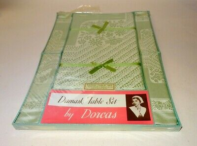 Vintage, 1950s / 1960s damask table set by Dorcas. 1 Table cloth and 4 napkins,