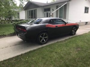 2013 Dodge Challenger RT **42,000kms!**