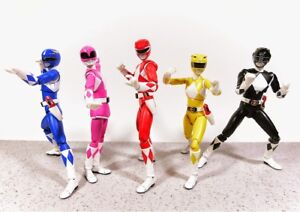 LOOKING FOR : Power Ranger Action figures