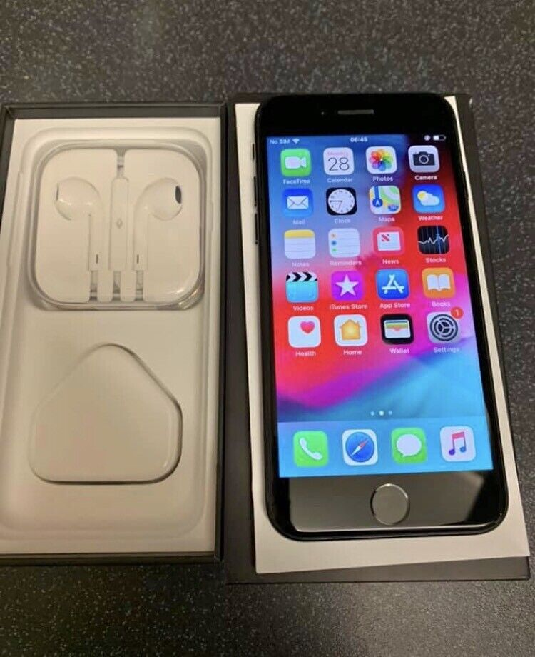 Iphone 7 jet black 32gb (sim free to all networks) | in Ilford, London |  Gumtree
