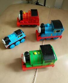 4 Thomas trains