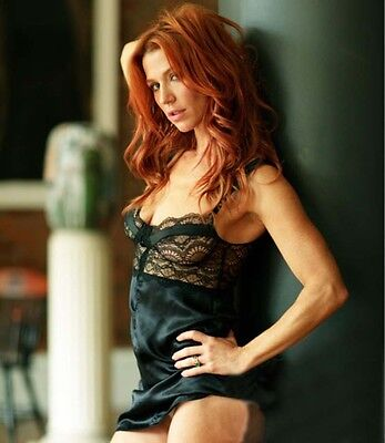 Poppy Montgomery  8X10 Photo