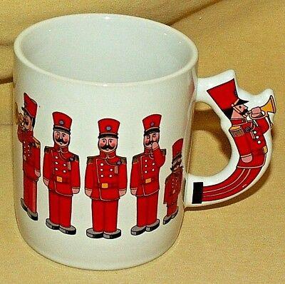 NUTCRACKER MUG 1984 TOY SOLDIERS HORN TRUMPET 3D HANDLE THE LOVE MUG CHRISTMAS.