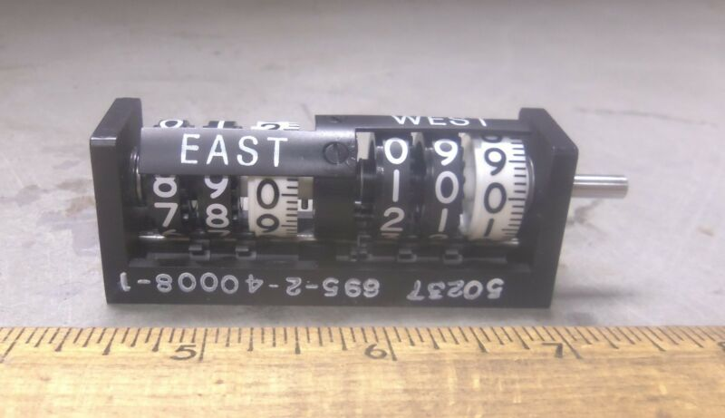 Durant Eaton Corp. - Navigational Counter - P/N: 3-3-Y-41090-400-R-CL (NOS)