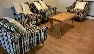 4 x armchairs Chittaway Bay Wyong Area Preview