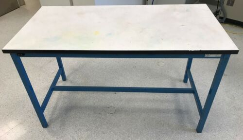 5 FOOT SINGLE TIER ELECTRONIC ASSEMBLY WORK BENCH