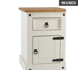 Collection Puerto Rico Bedside Chest - White & Pine