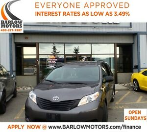 2015 Toyota Sienna (APPLY NOW DRIVE NOW)