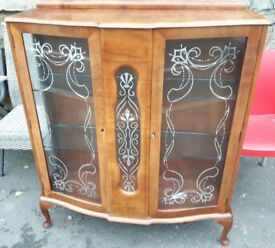 Vintage China Cabinet / Display Cabinet with Queen Anne Legs