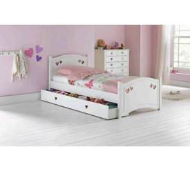 Girls / childrens single wooden bed