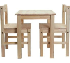 PINE Scandinavian table and matching 2 chairs