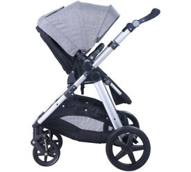 cuggi reversible pushchair for sale in good condition