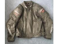 2 piece leather suit very good condition