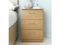 Collection Cheval Bedside Chest - Oak Effect