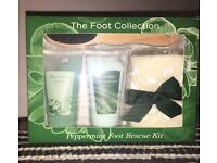 Brand new peppermint foot rescue kit.
