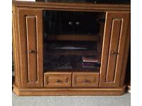 Large solid oak German tv cabinet/ sideboard
