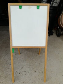 Early Learning Centre Wooden Easel