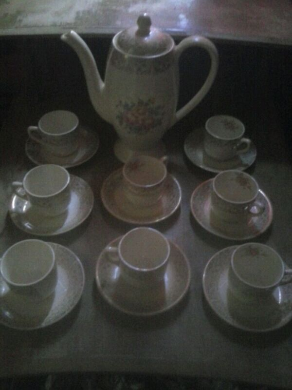 Vintage Tea Set 17 Piece Set