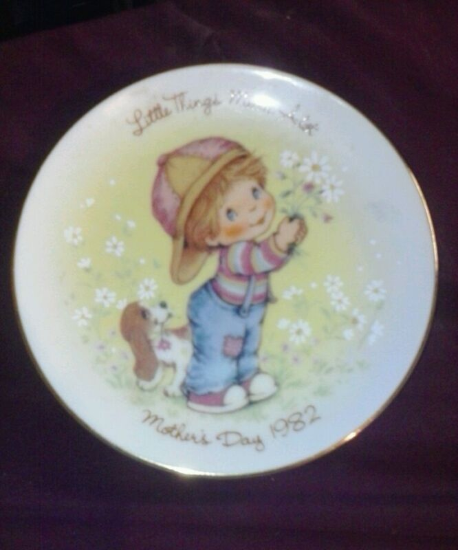 """vintage mothers day plate 1982 avon little thing mean a lot 5"""" rare collectible!"""