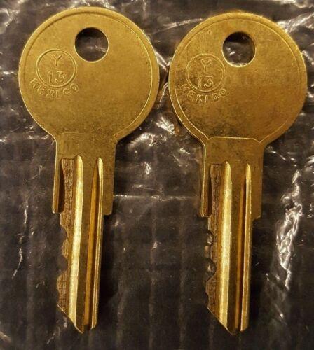 2 Brinks Keys CODE 021 - 040 Safe cabinet / Cash box / lock box / organizer key
