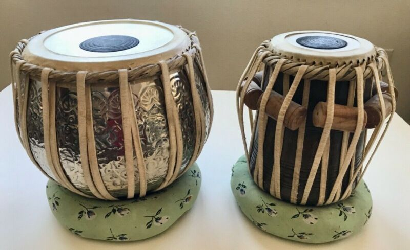 Traditional Indian Tabla Drum Set, with case Good Condition