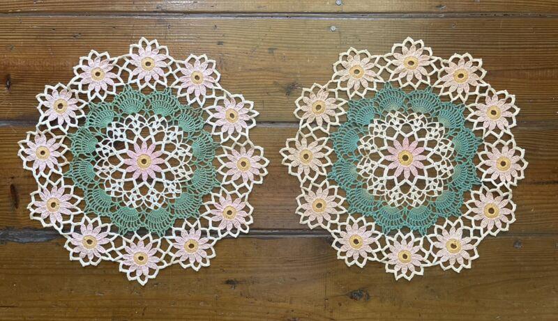 Vintage Handmade Daisy Crochet Lace Doily Set Pink Green