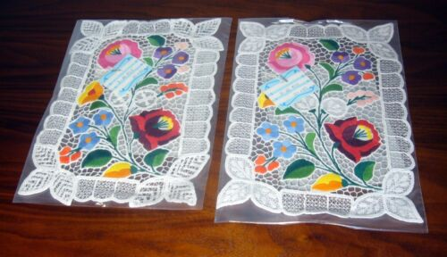 2  VTG NOS FLORAL APPLIQUE EMBROIDERED CUT WORK PLACEMAT 12x8 Hand Made Hungary