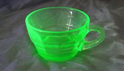 Anchor Hocking Green Uranium Vaseline Depression Glass Block Optic Cup Excellent
