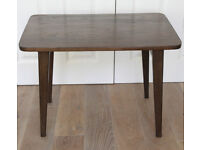 SOLID DARK OAK FOLDING COFFEE TABLE/CHILDS PLAY TABLE