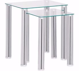 Nest of 2 tables - clear glass