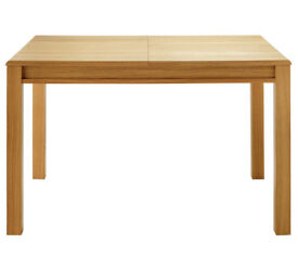 Heart of House Clevedon Oak Veneer Extendable Dining Table