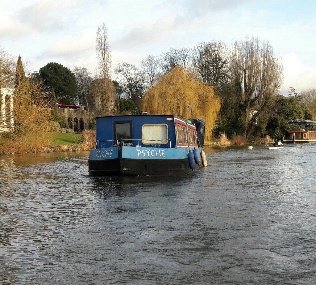 Ideal compact Widebeam ready to move Liveaboard /ideal airbnb boat possible  mooring near london | in Brentford, London | Gumtree