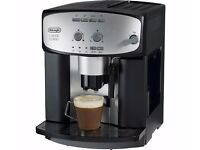 Delonghi ESAM2800 Fully Automatic 1450W Bean to Cup Machine in Silver & Black