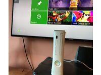 Xbox 360 HDMI, Hard drive, 2 Controllers.