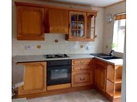 Complete kitchen with oven and hob -solid oak doors-breakfast bar ONO