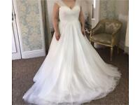 Brand new Essence of Australia Wedding Dress *PRICE DROP FOR QUICK SALE*