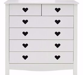 Ex-Display Mia 4 + 2 Drawer Chest - White